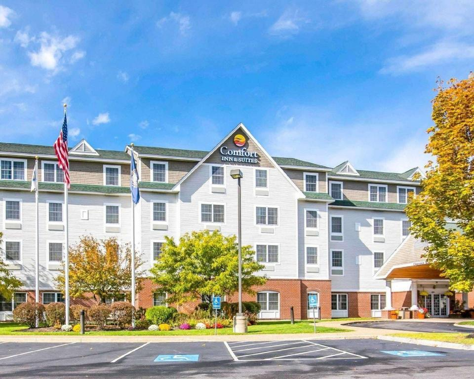 Comfort Inn and Suites Dover (Comfort Inn and Suites)