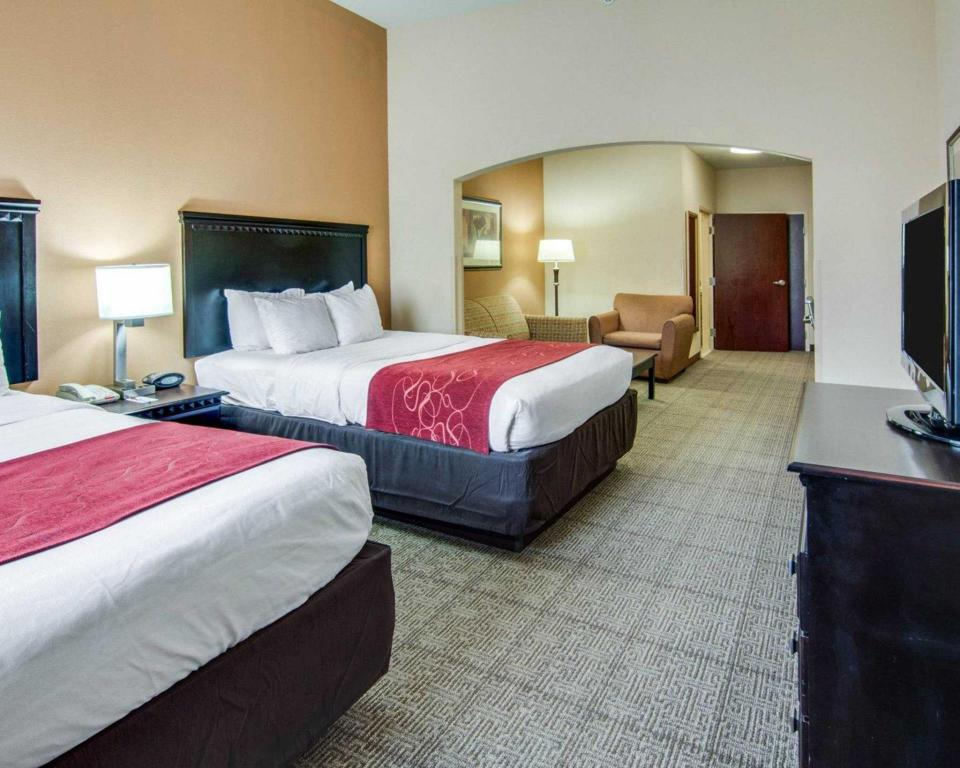 شاهد صورنا الـ29 أجنحة كومفورت شريفبورت (Comfort Suites Shreveport)