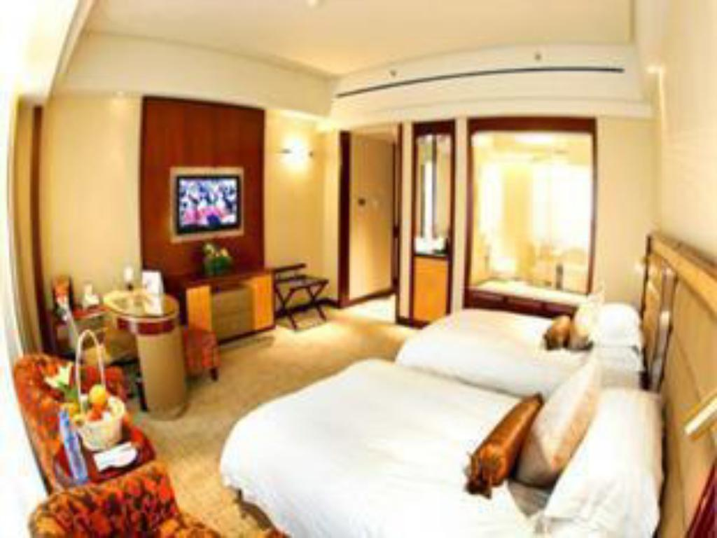 ramada plaza taian hotel in china room deals photos. Black Bedroom Furniture Sets. Home Design Ideas