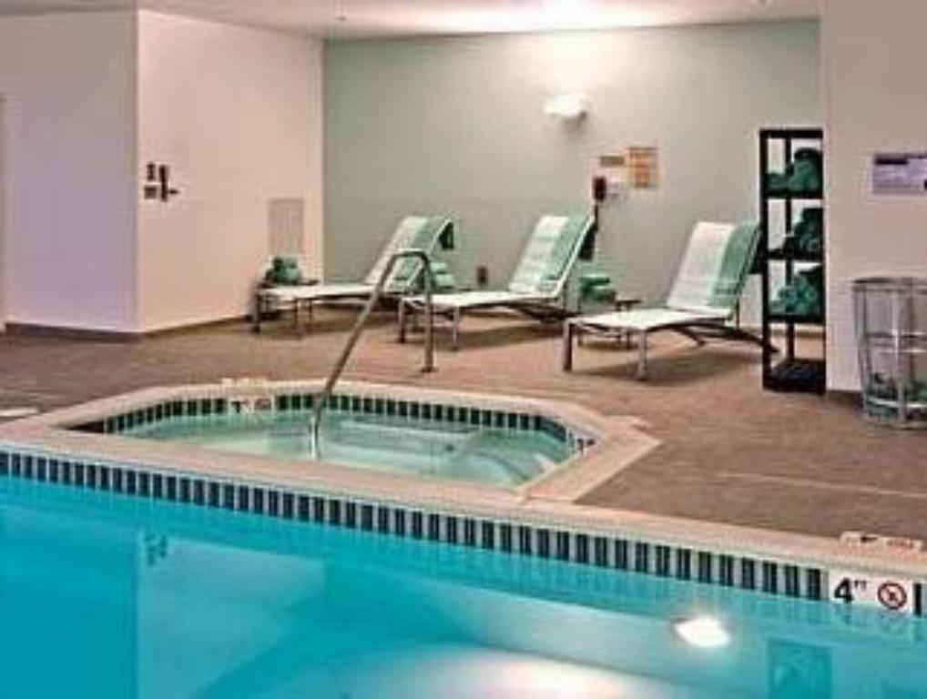 Schwimmbad SpringHill Suites Vernal