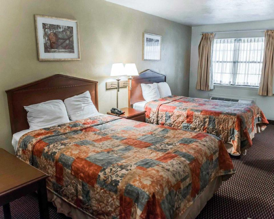 Double with 2 Double Beds Suburban Extended Stay Hotel Tallahassee near University