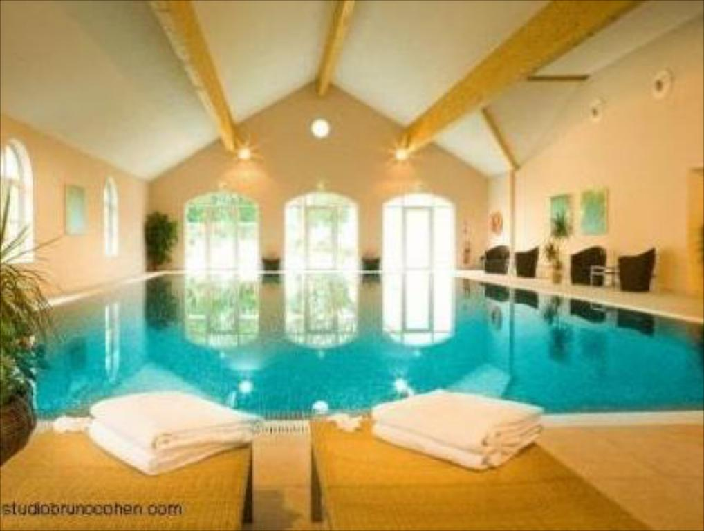 Piscina Chateau Saint Just
