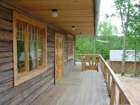 Private Log Home (Terrace)