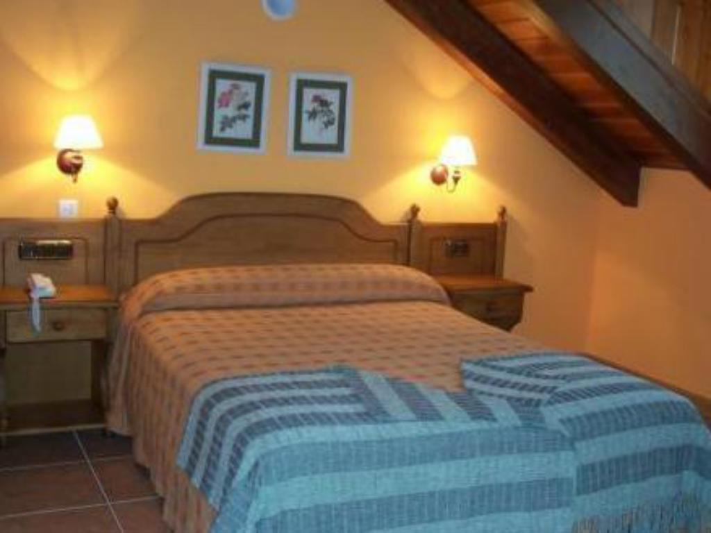 Double or Twin Room - Bed Hotel Palazio