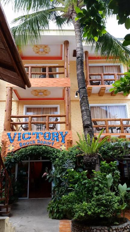Victory Divers Beach Resort