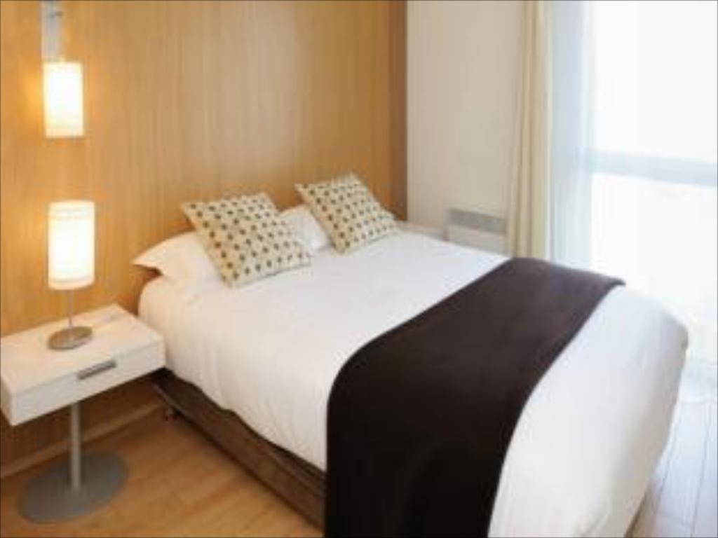 Double or Twin Studio (2 Adults) - Gulta Residhome Carrieres La Defense