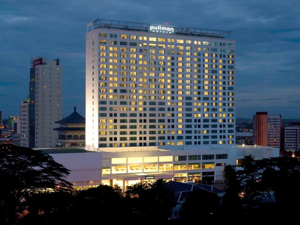 More about Pullman Kuching Hotel