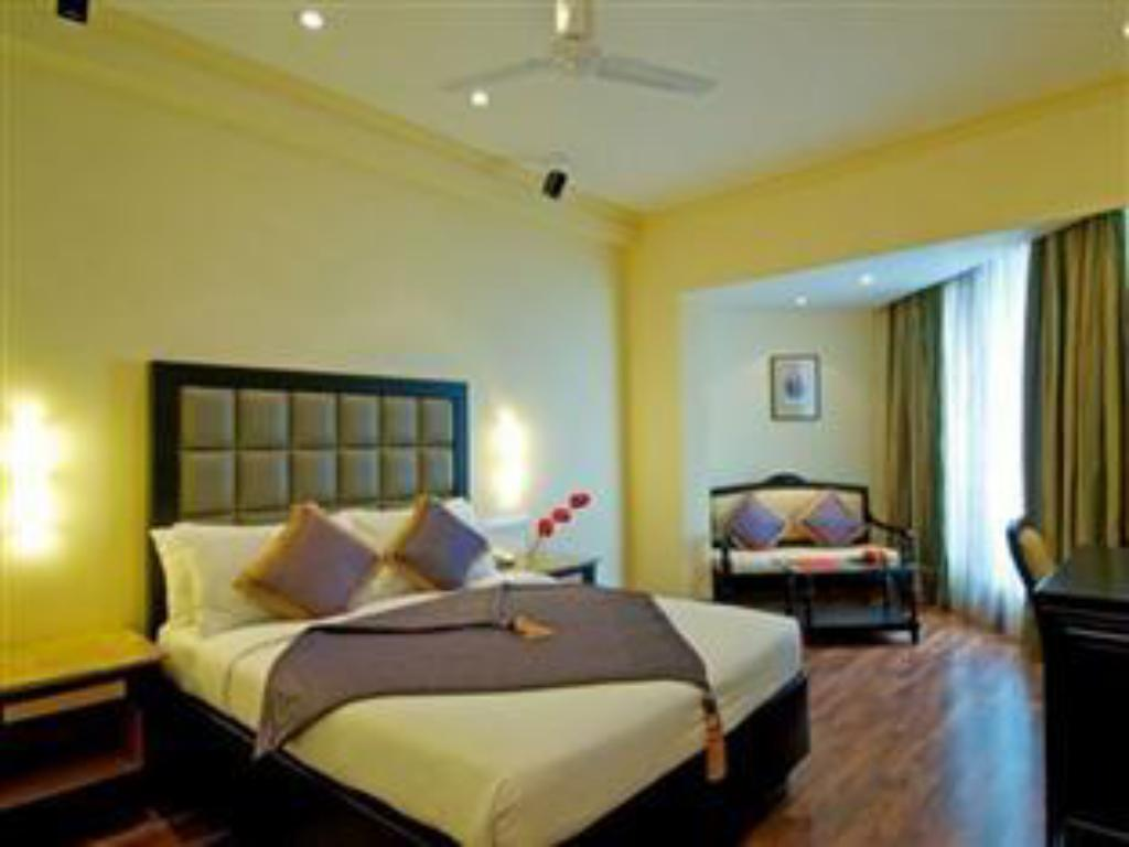 Superior The Gateway Hotel Marine Drive Ernakulam