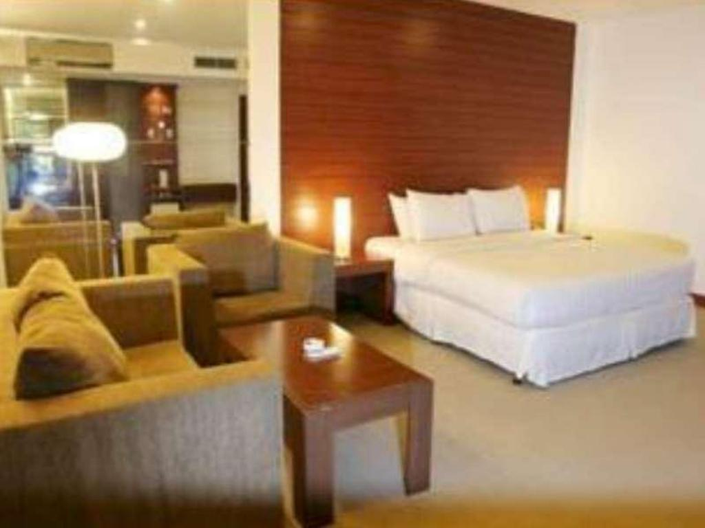 Hotellet indefra Grand Cemara Hotel