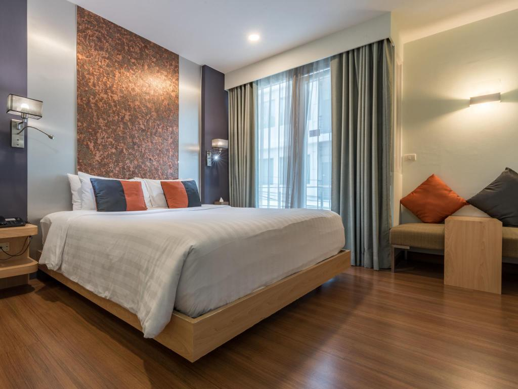 See all 6 photos Hotel Solo Sukhumvit 2