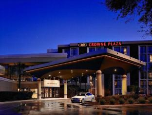 Crowne Plaza Jacksonville Airport