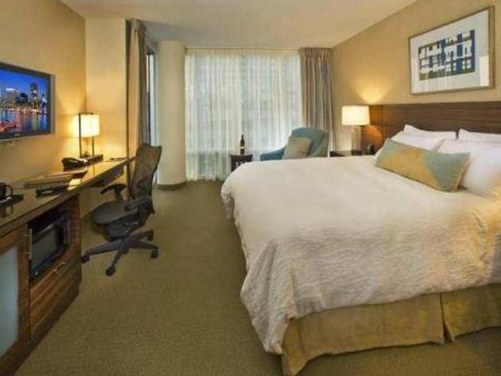 Book Hilton Garden Inn Baltimore Inner Harbor in Baltimore (MD ...