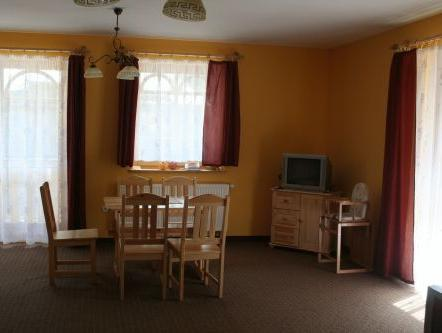 Velký apartmán se 2 ložnicemi (8 dospělých) (Large Two-Bedroom Apartment (8 Adults))