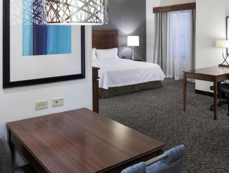 1 Bedroom Suite 1 King Non-Smoking - Guestroom Homewood Suites by Hilton Phoenix North I 17