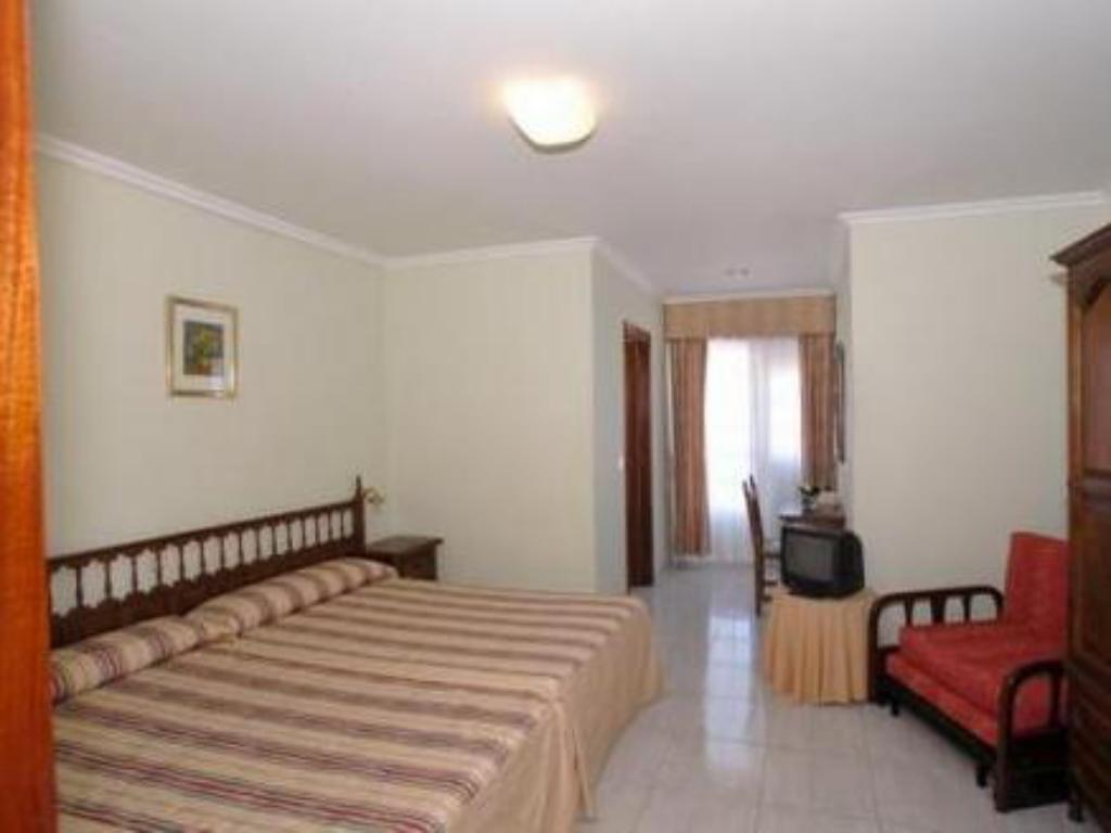 Twin Room Hostal Antolin