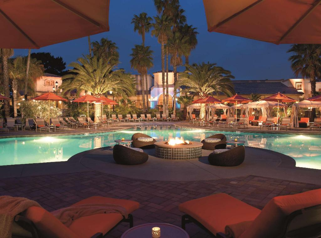 Hilton san diego resort and spa in san diego ca room - Clairemont swimming pool san diego ca ...