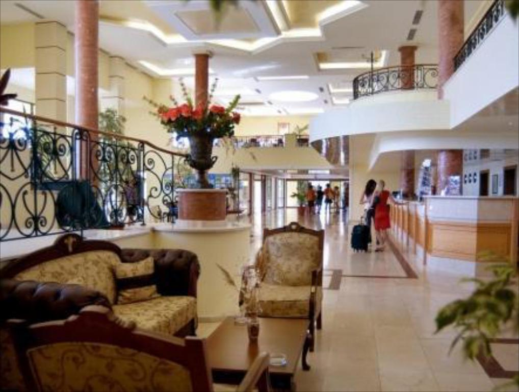 Hall Duni Belleville Hotel - All Inclusive