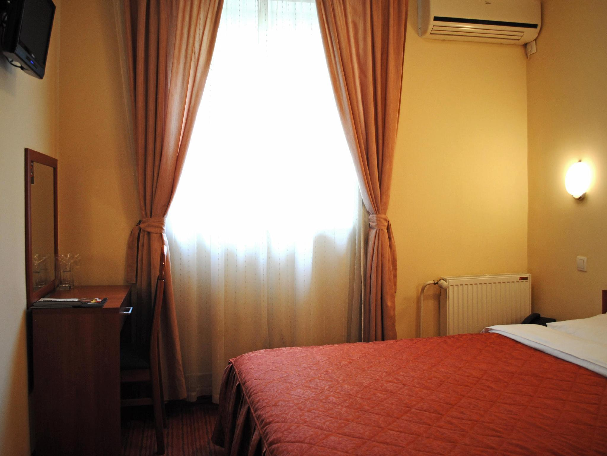 Economy Annex Double Room