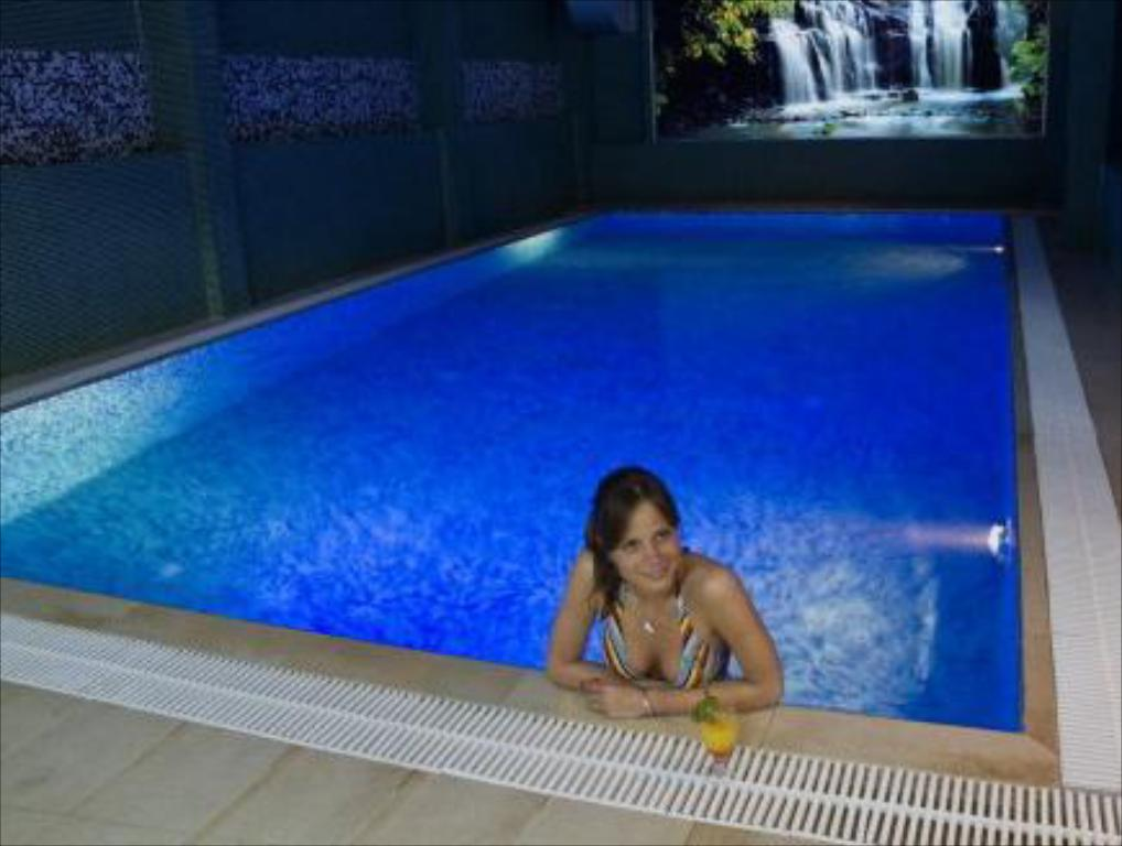 Piscina B&B City Code Spa