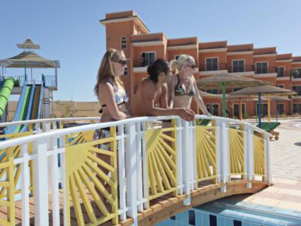 Schwimmbad The Three Corners Sunny Beach Resort