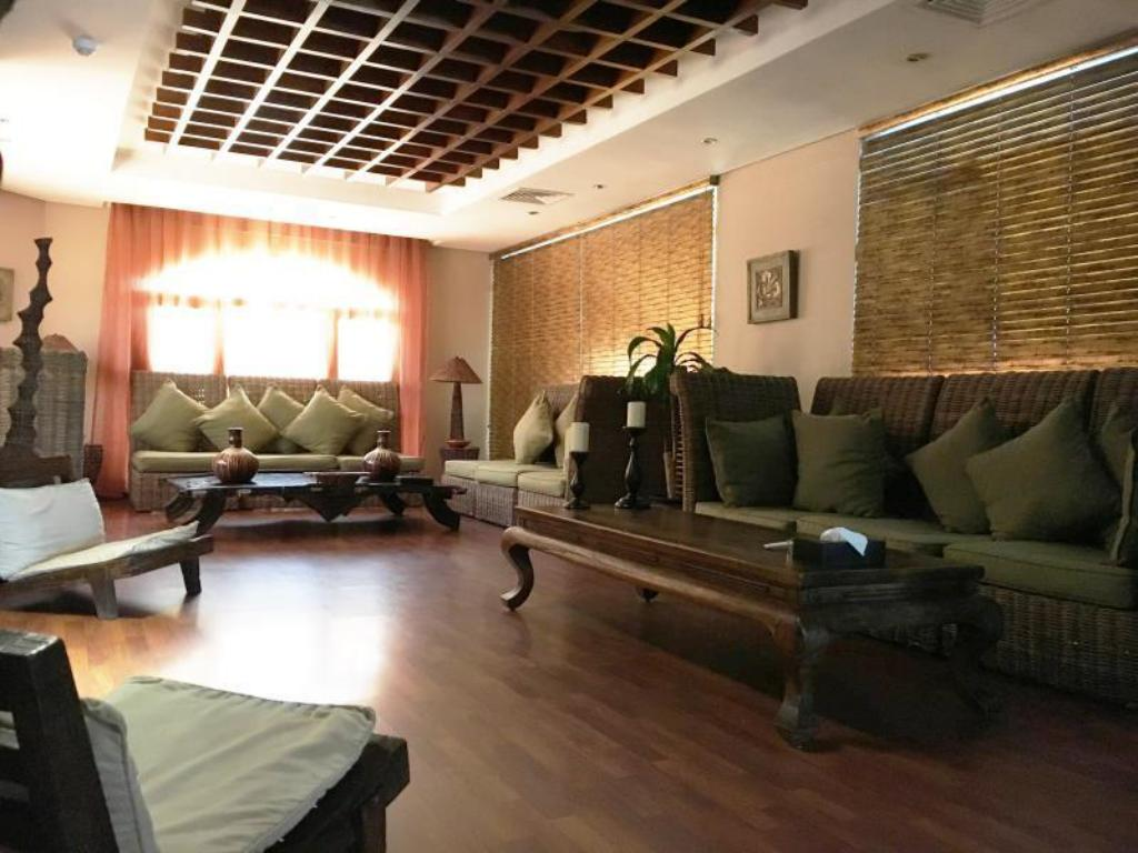 Foyer Spice Hotel Suites