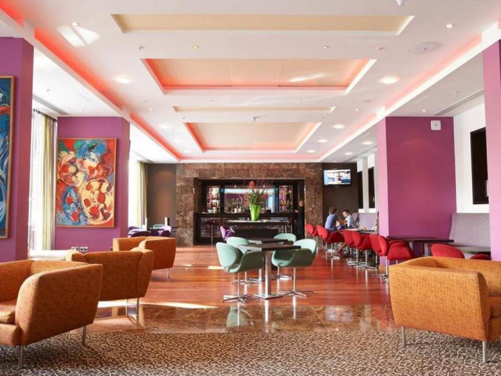 Lobby Pestana Chelsea Bridge Hotel And Spa