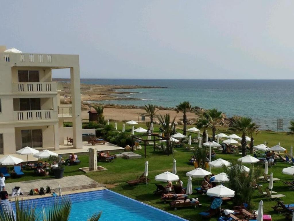 capital coast resort & spa paphos