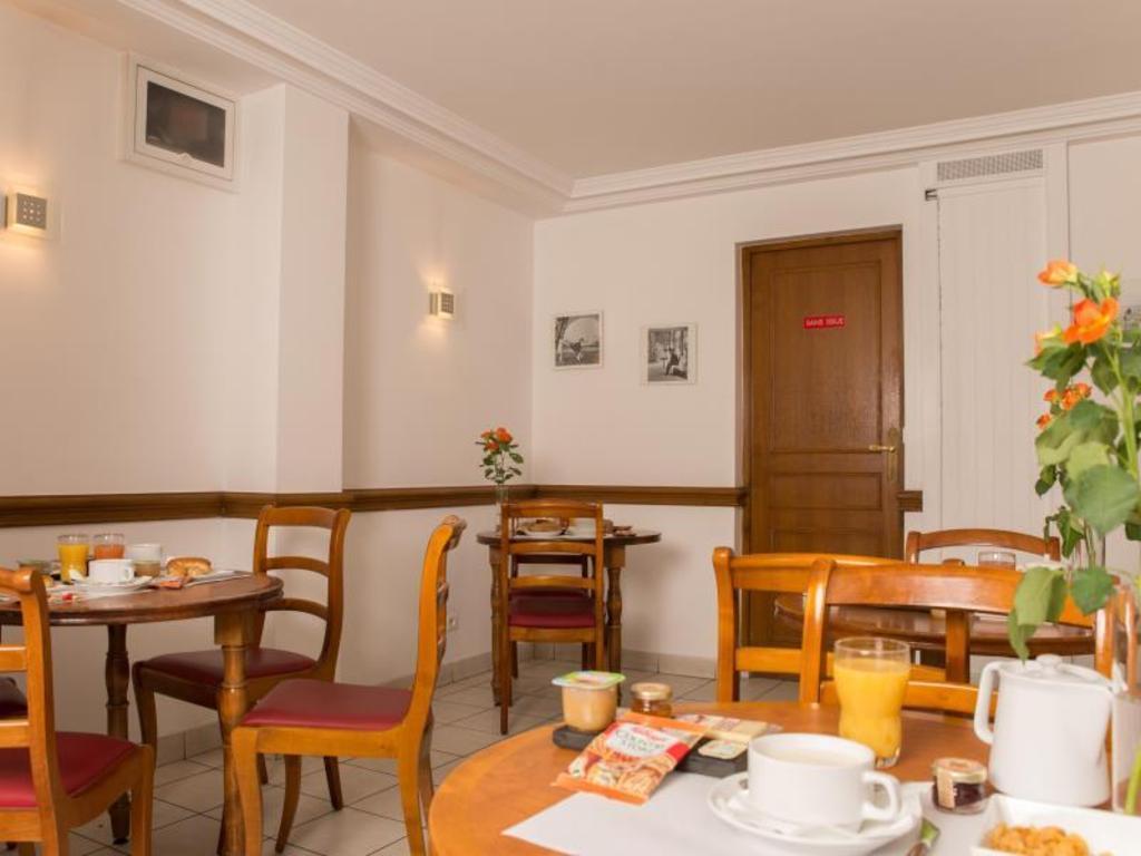 Best Price on Hotel du Nord et de l'Est in Paris + Reviews!