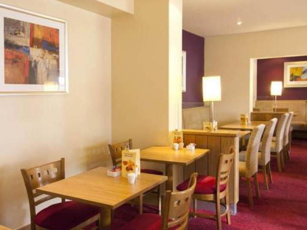 Interior view Premier Inn Bolton - Stadium