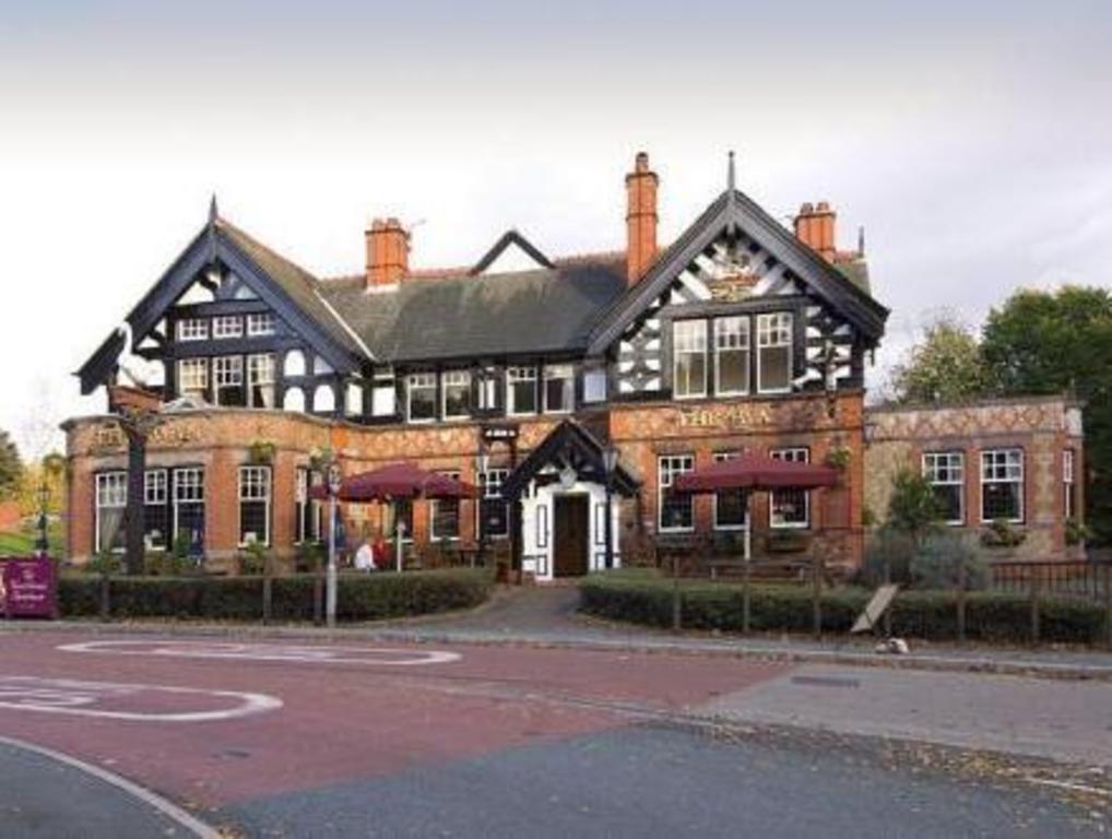 Best Price On Premier Inn Warrington North East In Winwick