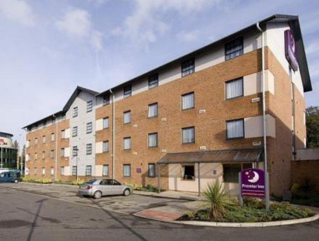 More about Premier Inn Manchester - West Didsbury