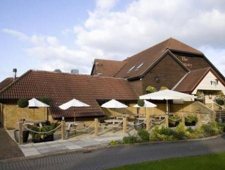 Pemandangan luar Premier Inn Peterborough - Ferry Meadows