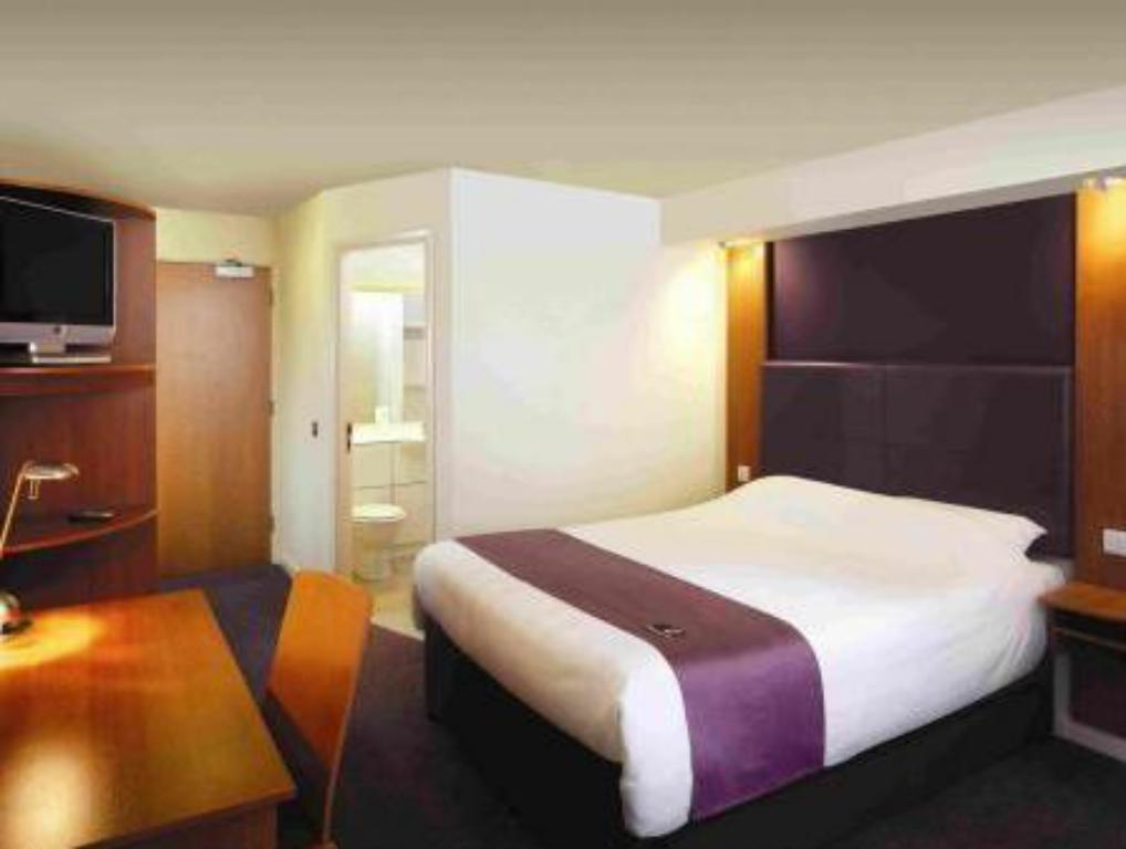 Bilik Double Premier Inn Peterborough - Ferry Meadows