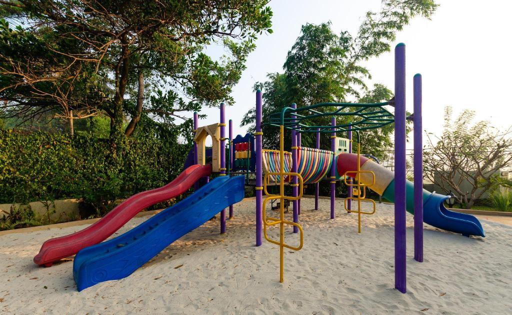 Parque infantil Beleza By The Beach Resort