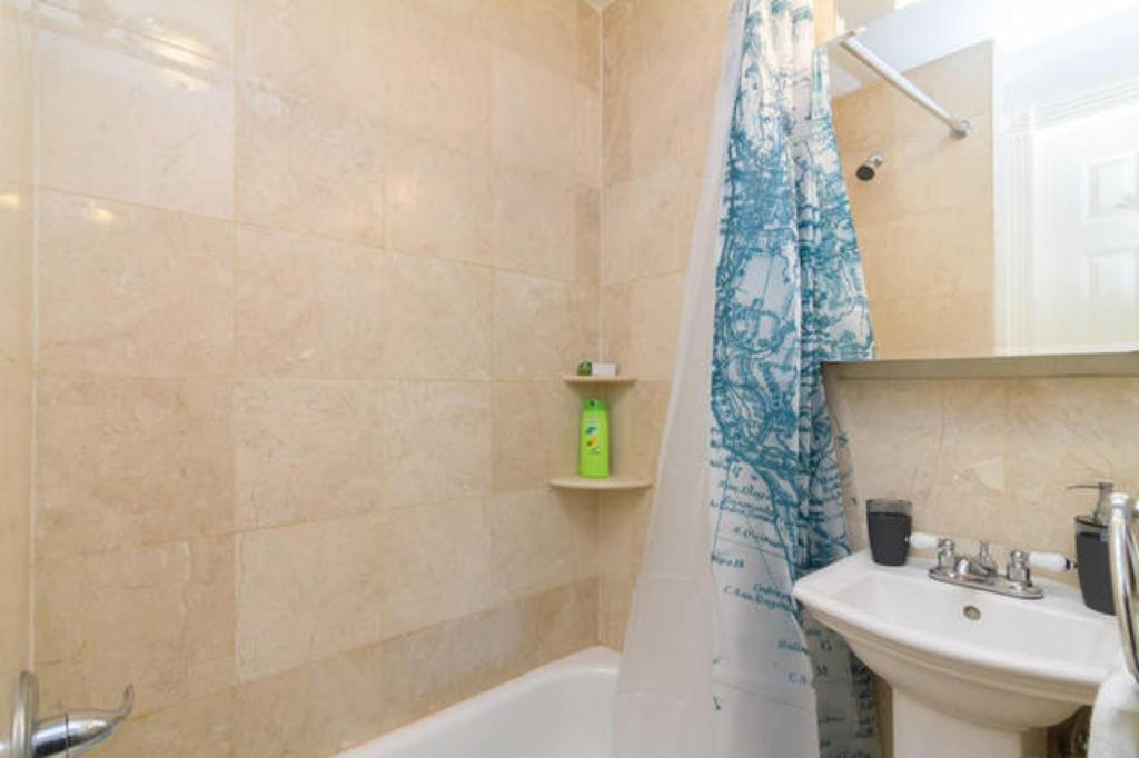 Bathroom NYC East Village Lovely & New Apartment 1BR 90m2