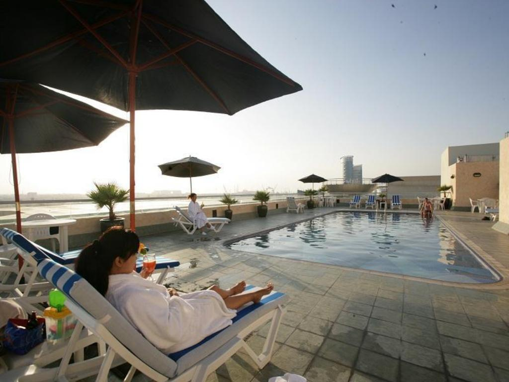 Best price on winchester hotel apartments in dubai reviews for Hotel apartments in dubai