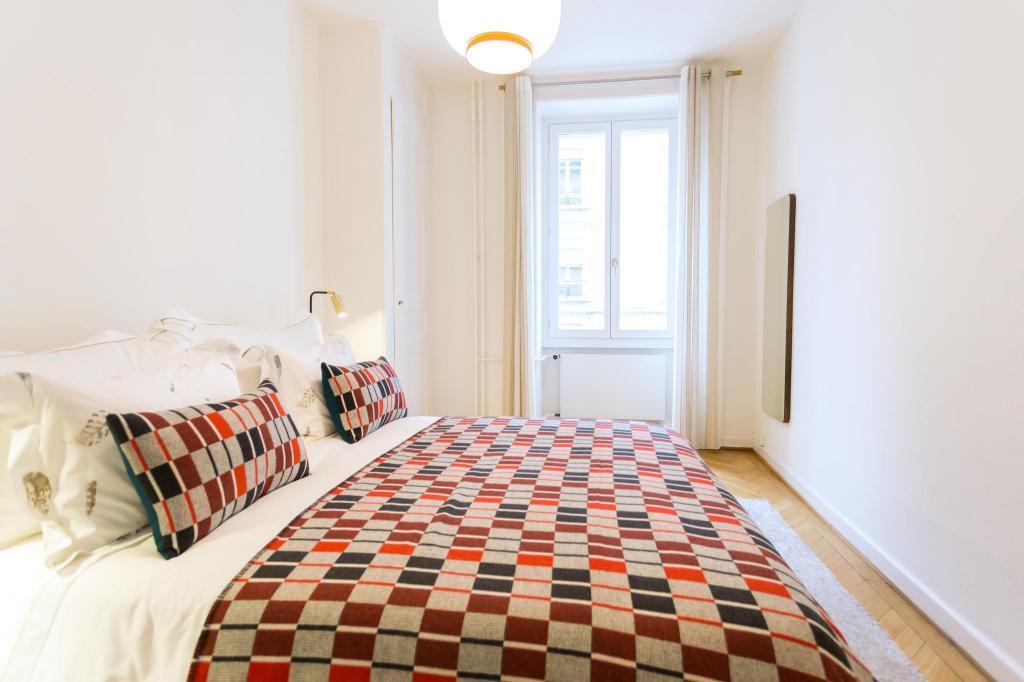 Luxury Apartment Central Geneva (Luxury Apartment Central ...