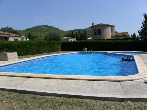 Villa con 4 Camere da Letto (8 Adulti) (Four-Bedroom Villa (8 Adults))
