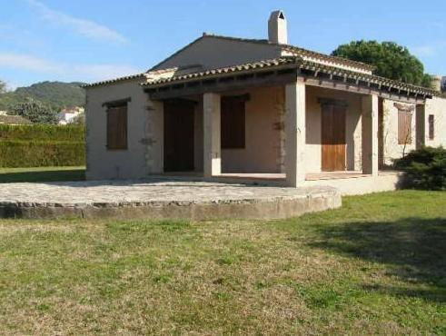 Villa con 3 Camere da Letto (6 Adulti) (Three-Bedroom Villa (6 Adults))