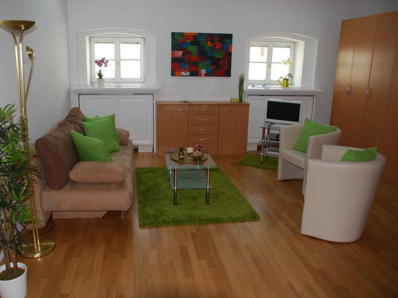 Two-Bedroom Apartment - Kärntner Straße 51