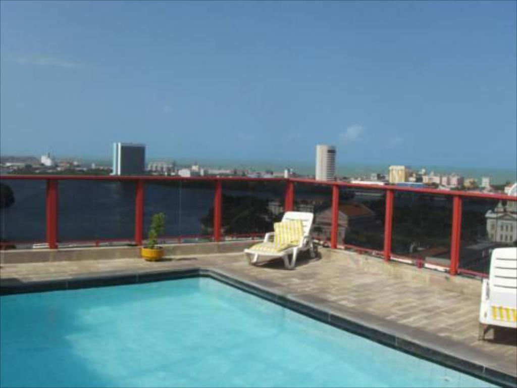 Piscina Recife Plaza Hotel