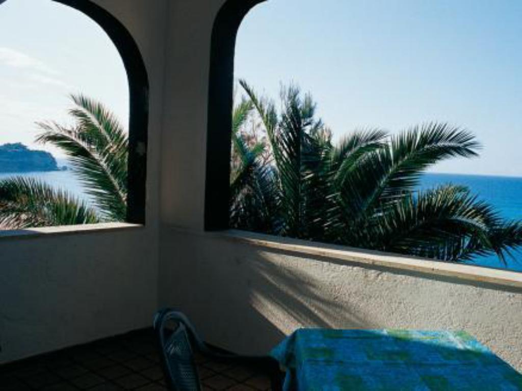 Best Price on Hotel Terrazzo Sul Mare in Tropea + Reviews!