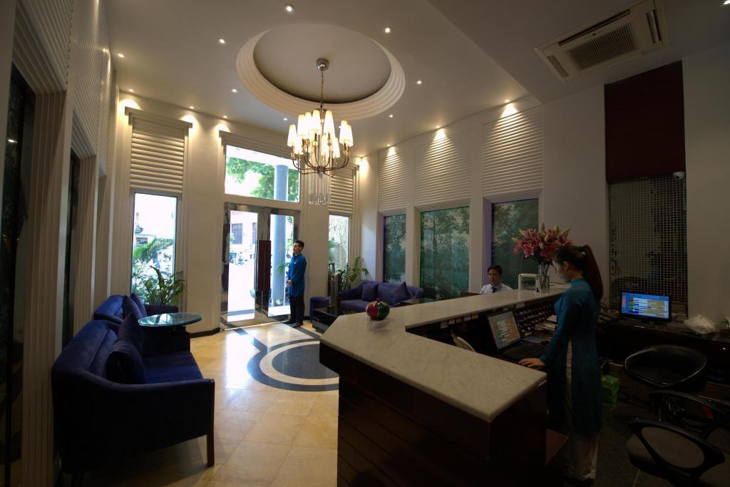 Lobi Hanoi Antique Legend Hotel