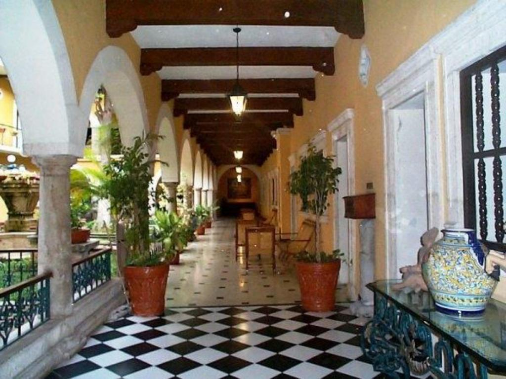 Interior view Hotel Caribe Merida