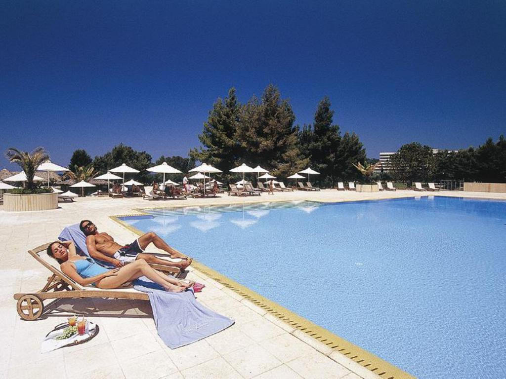 Swimming pool Porto Carras Meliton Hotel