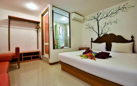 Standard Garden View Room - Bedroom Phi Phi Arboreal Resort