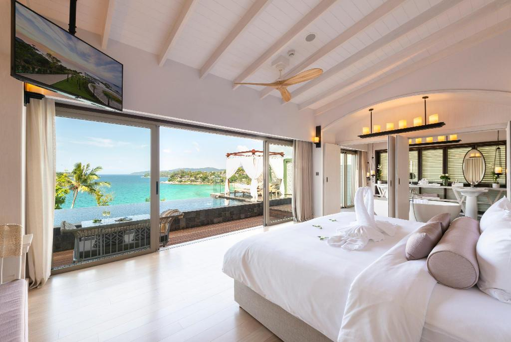Seaview Pool Villa Romance - Bed