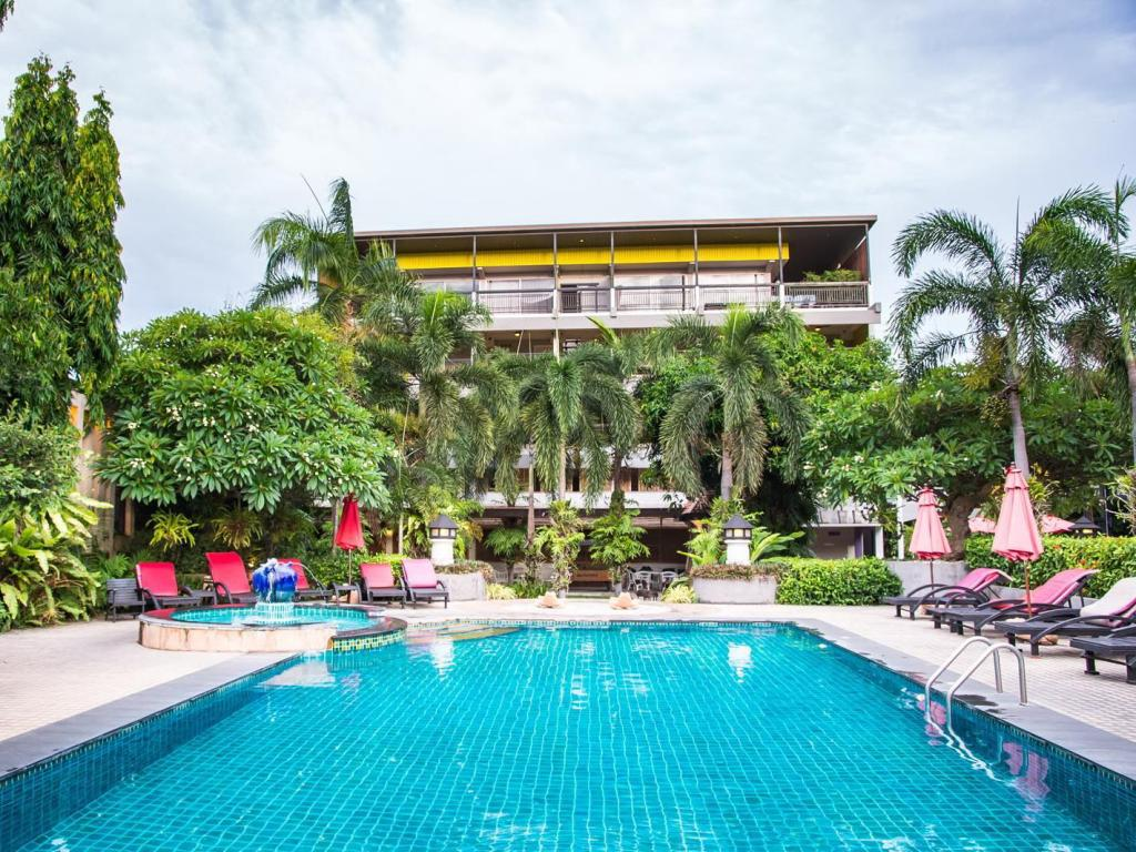 More about Lantana Pattaya Hotel