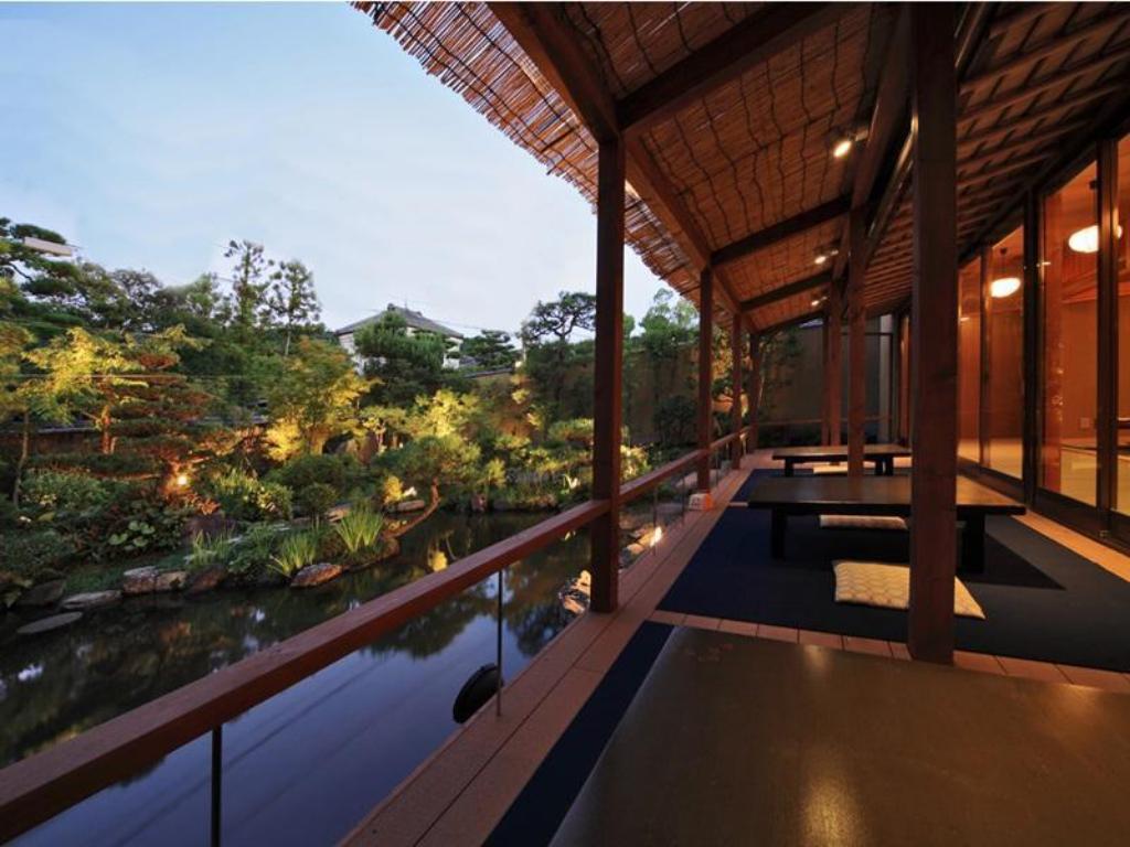 Best price on kyoto garden ryokan yachiyo hotel in kyoto for Hotel francs tokyo