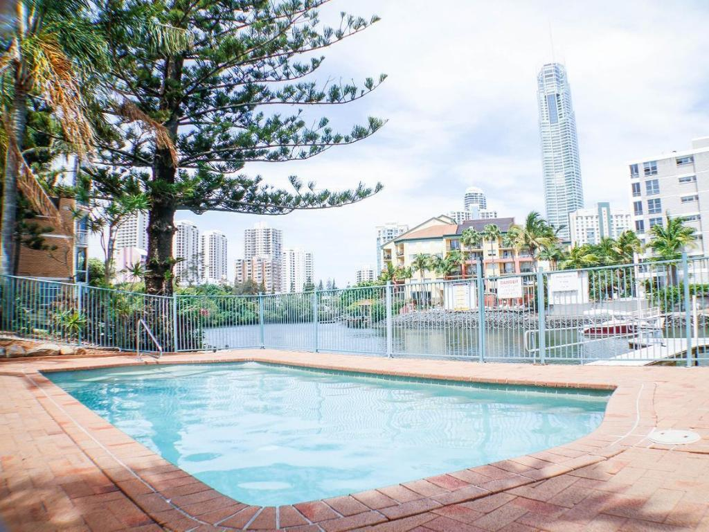 Best price on surfers riverside apartments in gold coast reviews for Public swimming pools in riverside ca